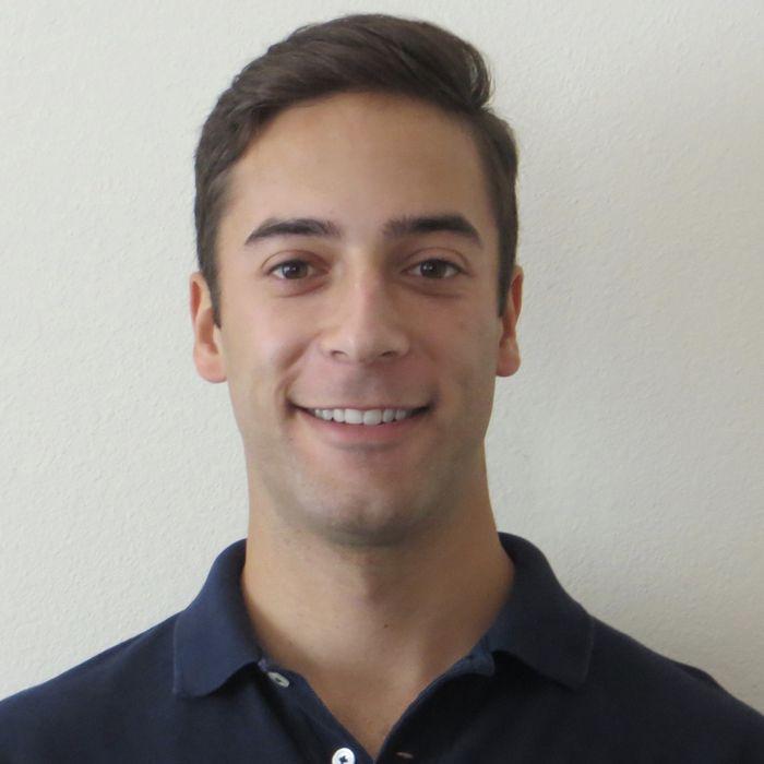 Alex Flores, BA